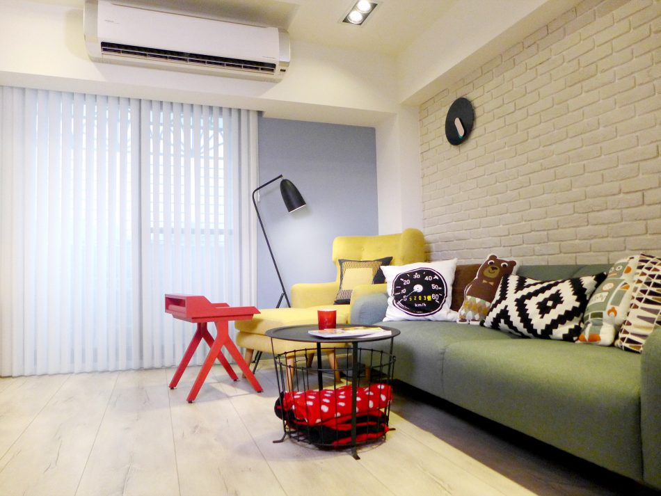 直立簾 垂直簾 客廳窗簾 Vertical Blinds Living Room
