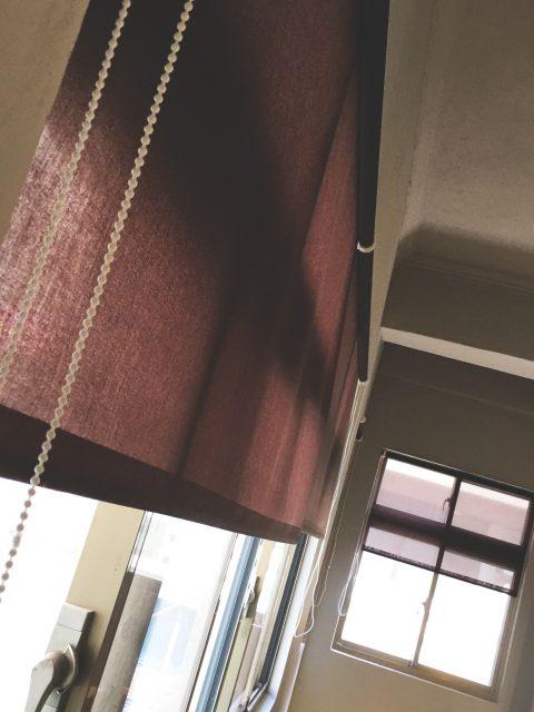 17060602e 480x640 - [案例] 轉角上樓到「角礫」,遇見桃園新藝文-透光捲簾