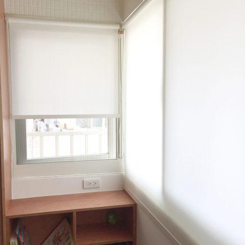 18051702a 480x480 - [案例] 白色主題角落,用陽光塑造風格-素色捲簾