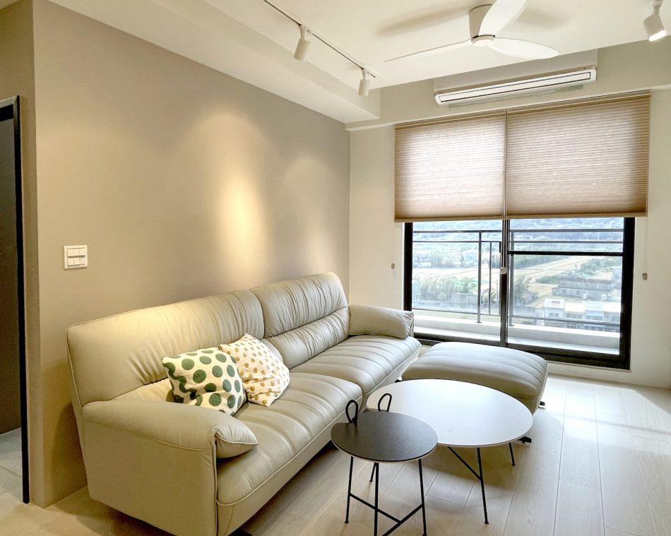 風琴簾 蜂巢簾 落地窗 客廳窗簾 客廳設計 落地窗窗簾 奶茶色