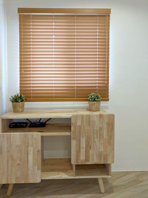 百葉簾 木色設計 客廳窗簾 原木設計